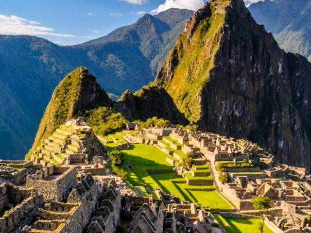 Inka trail Trek to Machupicchu – 4 Days
